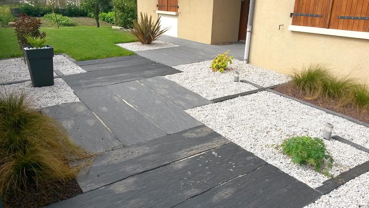 Aménagement Extérieur Entrée Maison aménagement terrain enrobés clôture à gétigné