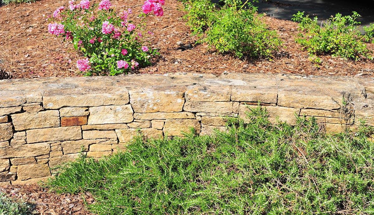 Comment Amenager Un Mur De Jardin maçonnerie paysagère construction mur jardin gétigné
